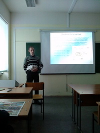 Belov laboratory worker stands at the Scientific Session 2014